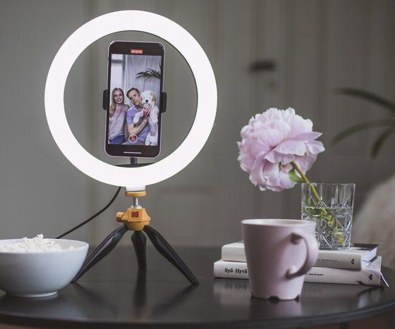 Kodak Selfie Ring Light [25 cm] for Smartphones